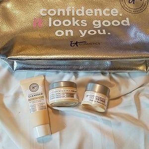 IT cosmetics skincare mini trio